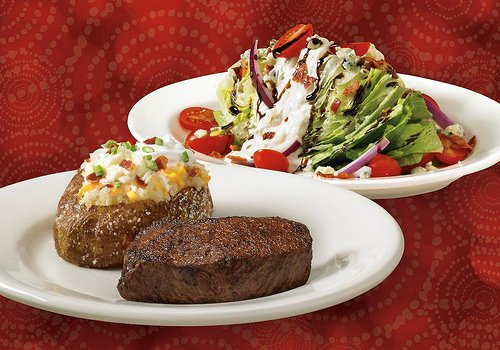 Outback Steakhouse – Red Mill Commons